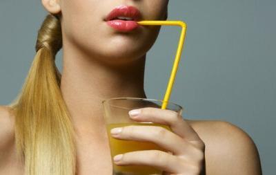Femeile care mananca portoclae si grapefruit sunt mai ferite de atacul cerebral