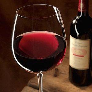 Ce beneficii incredibile are vinul rosu asupra pielii