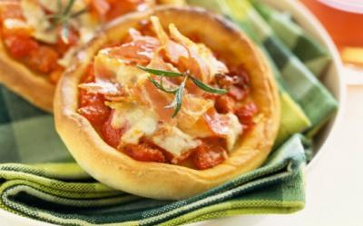 Mic-dejun rapid: Pizza Marguerita de casa