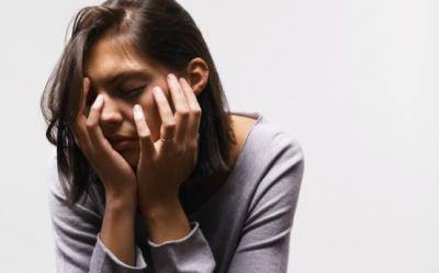 Uneori, oboseala poate fi deosebit de periculoasa pentru sanatate. Ce este sindromul de oboseala cronica