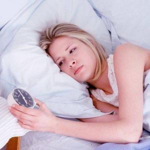 7 remedii naturiste pentru a scapa de insomnie