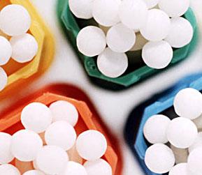 Remedii homeopate: trateaza afectiuni cronice dar si acute, stimuleaza imunitatea