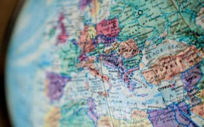 Europa Centrala si de Est risca o criza a creditelor din cauza reducerii expunerii de catre banci
