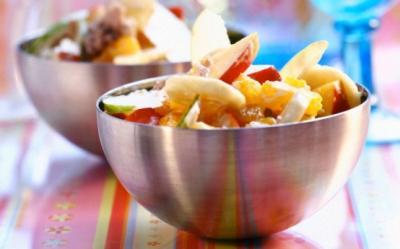 Salata aromata de banane si mere