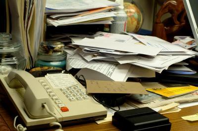 8 lucruri pe care sa nu le tii NICIODATA pe birou