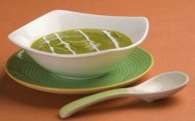 Supa de mazare, fenicul si spanac
