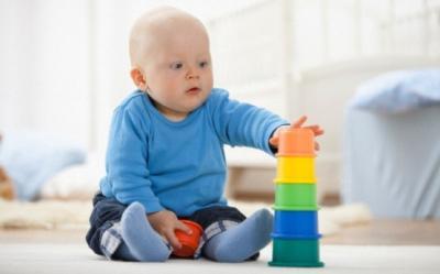 Cele mai bune jucarii pentru dezvoltarea bebelusului