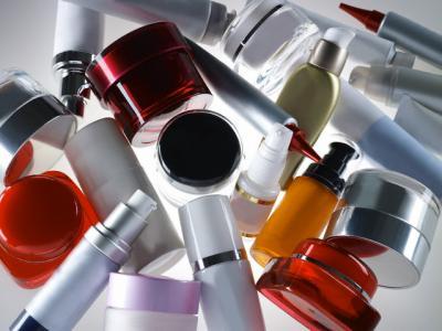 Substantele chimice din produsele cosmetice si alimente pot afecta dezvoltarea fetelor