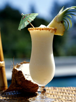 Cum se prepara deliciosul cocktail Pina Colada