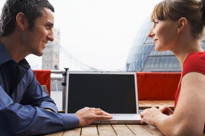 Secretele intalnirilor online