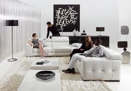 Decoratiuni interioare in alb si negru