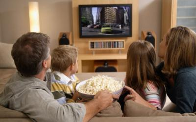 De ce ne omoara statul pe scaun si televizorul
