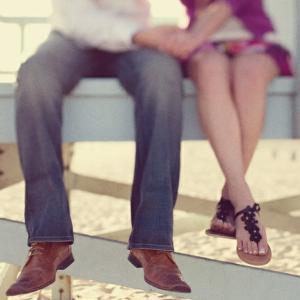 Ma place sau nu: Cum flirteaza barbatii