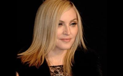 Madonna va lansa un brand-ul de moda ''Truth or Dare''