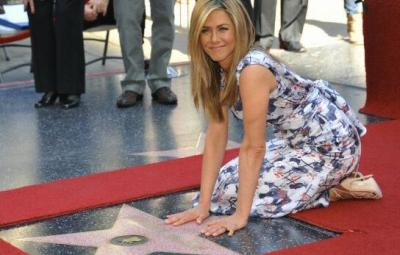 Actrita Jennifer Aniston a primit o stea pe Aleea Celebritatilor de la Hollywood