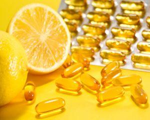 Daca iei vitamina C in fiecare zi, iti DUBLEZI riscul de a face pietre la rinichi