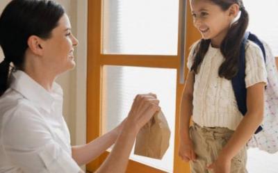 Cum sa pregatesti mai bine copilul pentru scoala, dimineata