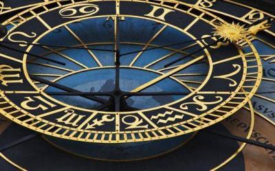 Zodiac vs Facebook. Spune-mi ce zodie esti, ca sa-ti spun ce profil de Facebook ai 2