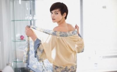 Cum se poarta hainele transparente in primavara-vara 2012