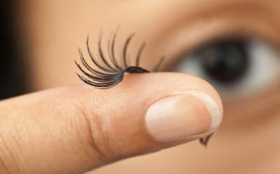 Pericolul genelor false: reactii alergice, tensiune la nivelul ochilor si distrugerea genelor naturale