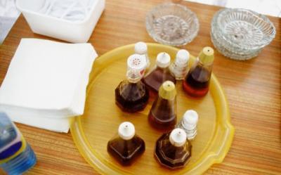 4 minuni pe care le face otetul de mere pentru ingrijirea parului