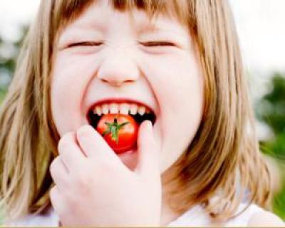 Sfatul nutritionistului: alimentatia recomandata pentru copii pe timpul verii
