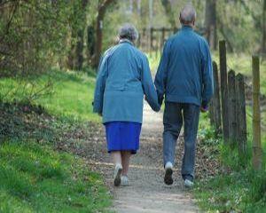 5 reguli simple pentru a preveni boala Alzheimer