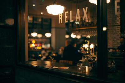 Cum poti amenaja un bar de doar cativa metri patrati