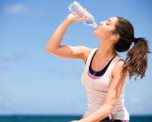 Trucuri pentru a slabi rapid si sanatos: cum se bea de fapt apa