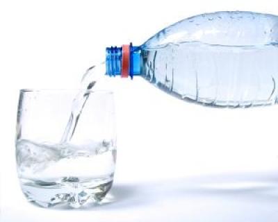 Cat de multa apa trebuie sa bem vara