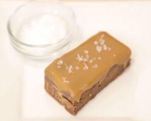 Cum sa faci batoane de ciocolata cu doar 2 ingrediente