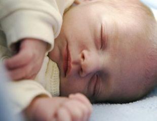 Mamicile cred ca bebelusii miros delicios. De ce?
