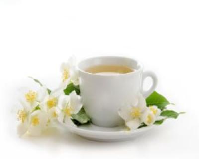 Beneficiile ceaiului alb