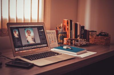 TOP 5 idei pentru amenajarea unui birou acasa