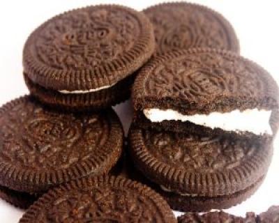 Ce ingrediente se ascund in biscuitii cu crema de pe piata
