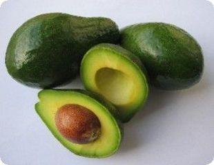 Briose cu avocado si ciocolata