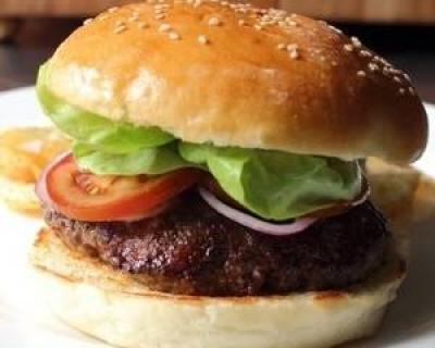 Reteta zilei: Burger facut in casa