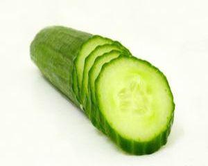 Smoothie cu avocado si castravete