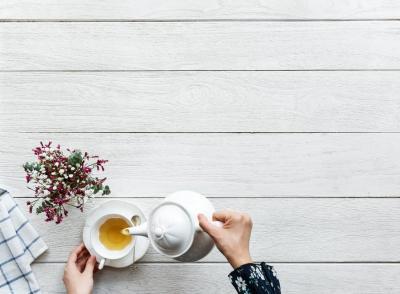 5 beneficii uimitoare ale ceaiului de lavanda