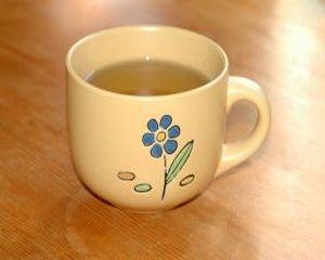 Scapa de transpiratie cu ceai de salvie!