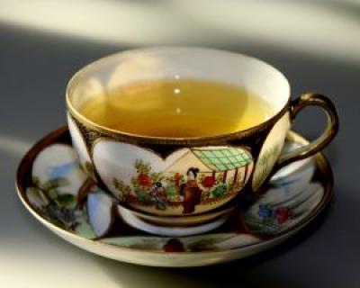 Vrei sa slabesti sanatos? Bea ceai verde!