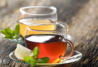 5 ceaiuri din plante medicinale si afectiunile pe care le trateaza