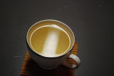De ce ar trebui sa bei ceai alb cat mai des cu putinta...