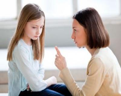 Psiholog: 'Pretentiile parintilor fata de copiii lor sunt exagerate si scot in evidenta frustrarile nereusitelor din tinerete'