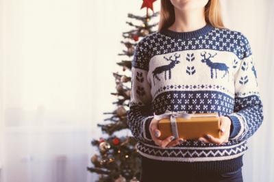 5 Idei de cadouri de Craciun pentru o femeie