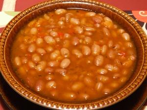 Retete culinare vegetariene: Ciorba de fasole ca la bunica!