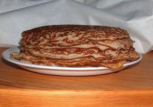 Tort de clatite cu dovlecei si sos alb!