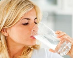 6 secrete pentru a bea mai multa apa zilnic
