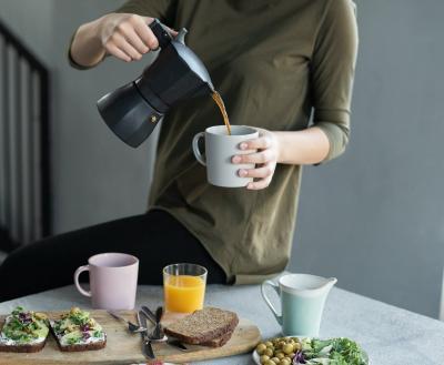 Consumul de cafea ne poate face mai fericiti? Iata ce arata studiile