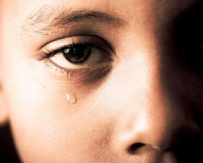 Studiu: Jumatate dintre copiii romani traiesc in saracie